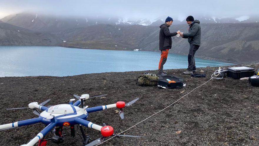 Uso de drones para el muestreo de aguas y para la toma de parámetros desde el aire